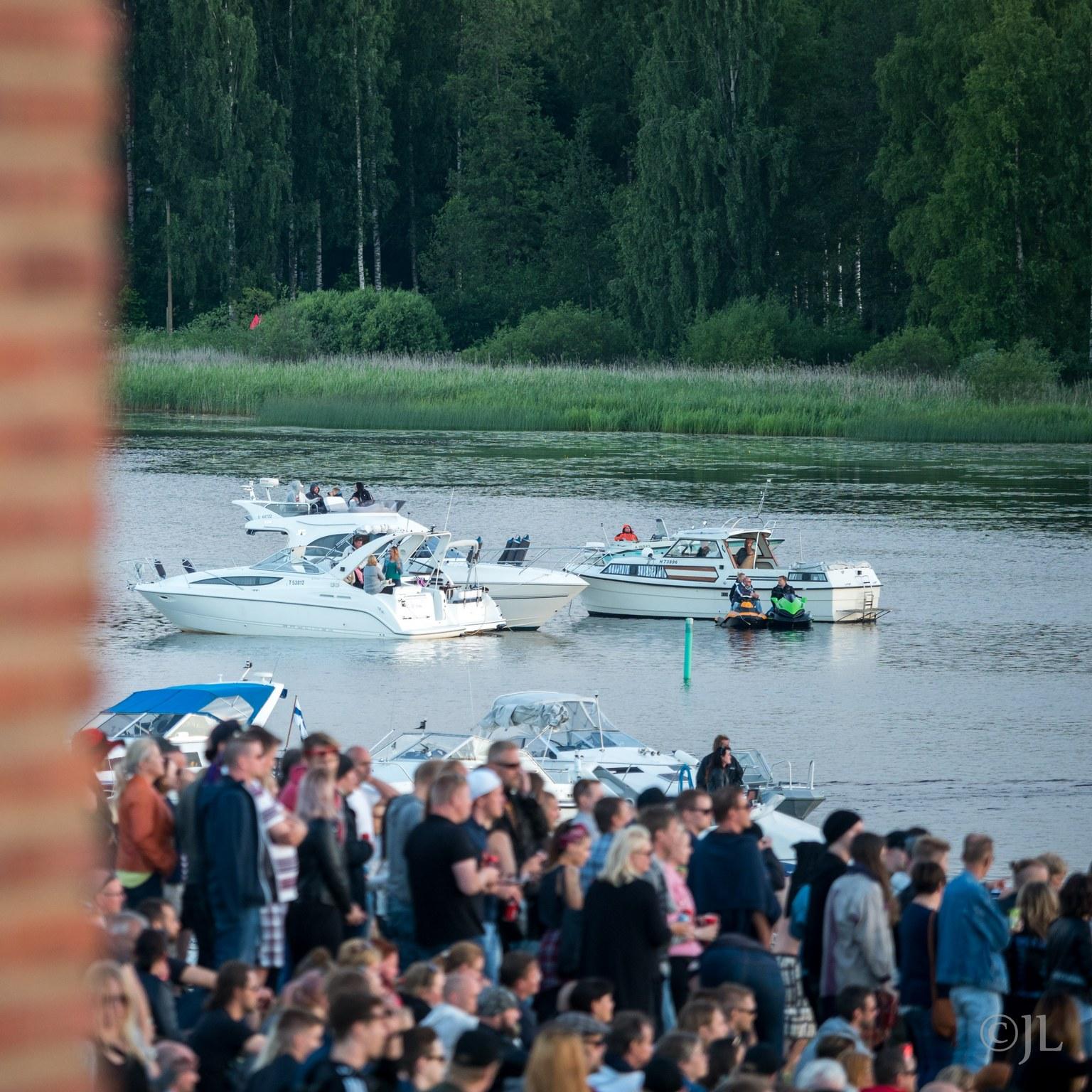 Guns N' Roses Not in this lifetime 1.7 Hämeenlinna, Kantolan tapahtumapuisto